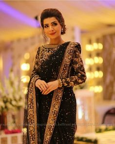 Discover recipes, home ideas, style inspiration and other ideas to try. Shadi Dresses, Pakistani Dresses Casual, Pakistani Wedding Outfits, Pakistani Dress Design, Indian Dresses, Saree Designs Party Wear, Saree Blouse Designs, Designer Sarees Wedding, Designer Dresses
