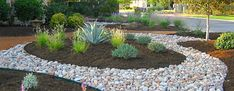 35 Cheap Landscaping Ideas With Rocks And Mulch – Gongetech - front yard landscaping ideas with rocks Rock Mulch, River Rock Landscaping, Mulch Landscaping, Landscaping Supplies, Country Landscaping, Landscaping With Rocks, Front Yard Landscaping, Inexpensive Landscaping, Townhouse Landscaping