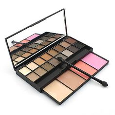 Nude Eyeshadow Palette  Available in  www.Mynena.com