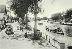 Kramat Gantoeng, Soerabaja.  Former Dutch India (Indonesia), 1910.