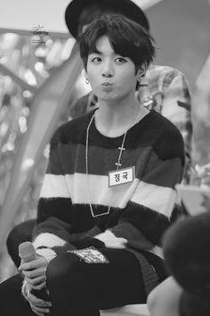 Come back when you're as beautiful as Jungkook Jung Kook, Bts Jungkook, Taehyung, Busan, Foto Bts, K Pop, Tomoyo Sakura, Jeongguk Jeon, Rapper