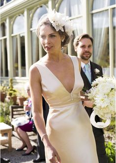 Vintage Wedding 10 of the best vintage inspired wedding dresses - Feast your eyes on this gorgeous selection wedding gowns inspired by days gone by. Vintage Inspired Wedding Dresses, Colored Wedding Dresses, Bridal Dresses, Wedding Gowns, Wedding Blog, Vintage Weddings, Wedding Ideas, 1940s Wedding Dresses, Lace Wedding