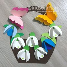 Camping Crafts For Kids, Mothers Day Crafts For Kids, Art Drawings For Kids, Art For Kids, Christmas Tree Paper Craft, Diy Happy Mother's Day, Plastic Bottle Crafts, Paper Crafts Origami, Weaving Art