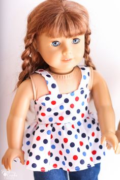 I love this free doll clothes pattern for sewing an American Girl. It also has tips for finishing the pattern.  #RealCoake #Sewing #AGDoll #AmericanGirlDoll #4thofJuly #DollCrafts #FreePattern