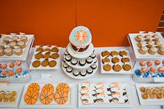 Image detail for -Basketball Party Supplies - off Kids Party Supplies & Same Day . Basketball Baby Shower, Basketball Birthday Parties, First Birthday Parties, Birthday Party Themes, First Birthdays, Birthday Ideas, 2nd Birthday, Balloon Birthday, Sports Birthday