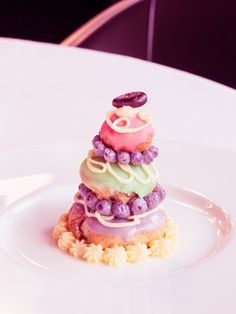 As of tomorrow, daily special delivery from Mendl's to the Lounge of the Conservatorium Hotel. Be the first to try Agatha's delicious pastry. Grand Budapest Hotel in the Conservatorium Hotel Amsteram!