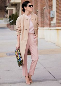 rosé outfit - office look - ootd - minimal outfit Pastel Outfit, Beige Outfit, Pink Fashion, Love Fashion, Fashion Looks, Fashion Outfits, Fashion Coat, Street Fashion, Ladylike Style