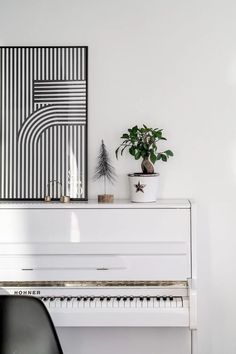 Dreaming of Finnish interior design? Take a peak at gorgeous Finnish home decor and to add it to your own home! #nordicdesign #finnishhome Nordic Home, Scandinavian Interior Design, Scandinavian Home, Nordic Design, Nordic Style, Nordic Fashion, All White Kitchen, Finland, Interior Styling