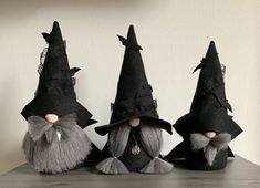 Halloween Nordic Gnome® with legs , Scandinavian Gnome for Modern Farmhouse Autumn decor Nordic Christmas, Christmas Gnome, Diy Christmas Gifts, Christmas Ornaments, Christmas Poinsettia, Fall Halloween, Halloween Crafts, Halloween Decorations, Halloween Sewing