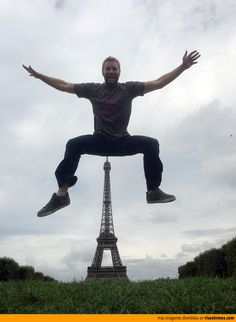 Las fotos normales con la Torre Eiffel son aburridas.