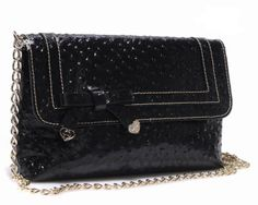 It is stylish elegance, is the best partner gatherings. http://www.cent-store.com/images/Gucci-Broadway-Evening-Clutches-257611.jpg