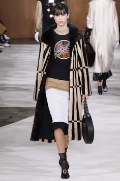 #loewe #fall #2016 #collections #RTW2016 #vogue
