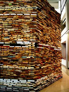MATEJ KRÉN - BOOK CELL / www.camjap.gulbenkian.pt/