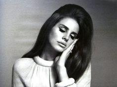 Lana Del Rey Reveals New York, Los Angeles Shows | Prefix