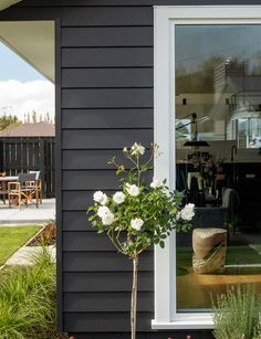 Building their first home and a show home all in one was a huge challenge, but this clever Oamaru couple knocked it out of the park. Exterior Color Schemes, Exterior Paint Colors For House, Exterior Design, House Cladding, Facade House, Building Design, Building A House, Building Ideas, Weatherboard Exterior