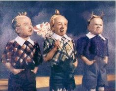 Jerry Maren, center, last Lolipop kid