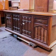 Vintage Stereo Cabinet   Storypiece.net