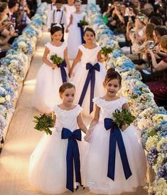 Blumenmädchen Best wedding decoracion ceremony flower girls ideas Top Nutritional Tips to Suppor Wedding Dresses For Kids, Wedding Flower Girl Dresses, Wedding With Kids, Wedding Attire, Wedding Bridesmaids, Wedding Gowns, Bridesmaid Dresses, Navy Blue Bridesmaids, Wedding Colors