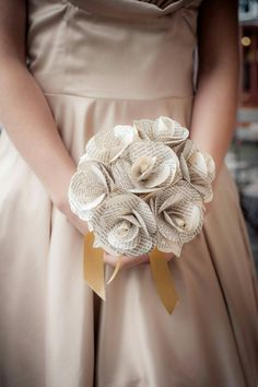 Check out this item in my Etsy shop https://www.etsy.com/uk/listing/281465922/book-paper-rose-bridesmaid-bouquet