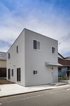 a f a s i a: I.R.A. House in Tokyo