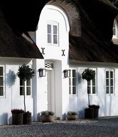 "Nordic Beauty.. A Great Project in 2017 will be The Renovation of a thatched cottage ( very similar to The One pictured) on The Island of Sylt, which @marieclairemaison called "" La St Tropez du Nord""- this will be a beautiful project! @horschinteriors #keitum #sylt #gustavian #belgischerstil #flämisch #resort #thatchedcottage #authenticity #beauty #keepitsimple #northernstyle"