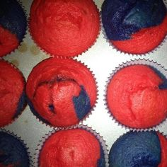 Spider-man cupcakes without icing