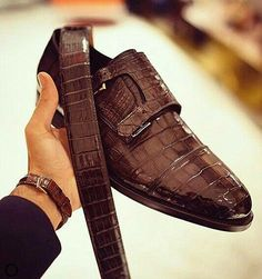Men& Alligator Leather Double Buckle Monk Strap CapToe Dress Shoes is part of Monk strap dress shoes A timehonored style for men, these genuine alligator leather dress shoes are both sophisticated - Formal Shoes, Casual Shoes, Gentleman Shoes, Double Monk Strap, Mens Fashion Shoes, Shoes Men, Custom Design Shoes, Monk Strap Shoes, Leather Dress Shoes