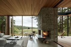 Whidbey Island Farmhouse Agricultural Buildings, Modernisme, Whidbey Island, Indoor Outdoor Living, Maine House, Modern Family, Modern Living, Living Area, Living Room