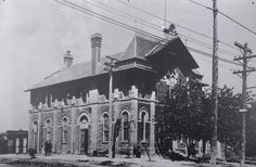 Current and historic content, curated by Toronto Public Library Digital Archives, Town Hall, Ontario, Toronto, Louvre, Building, Travel, Buildings, Viajes