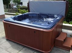 Hot tub... I wish