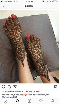 latest mehndi designs for girls bridal henna designs Eid is an auspicious occasion for Muslims all around the world. Easy Mehndi Designs, Henna Hand Designs, Dulhan Mehndi Designs, Latest Mehndi Designs, Mehandi Designs, Mehendi, Mehndi Designs Finger, Legs Mehndi Design, Mehndi Designs For Girls