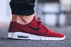 Nike SB Stefan Janoski Max Leather 'Team Red' (via Kicks-daily.com)