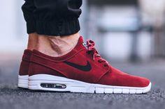 Nike SB Stefan Janoski Max Leather 'Team Red' (via Kicks-daily.com)