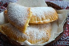 Placinte cu branza dulce - LauraSweets.ro Romanian Food, Food Cakes, Camembert Cheese, Cake Recipes, Caramel, French Toast, Deserts, Cooking Recipes, Sweets
