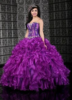 Taffeta and organza ball gown from Q by Davinci.