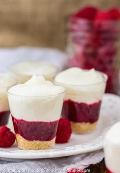 Easy, no-bake Raspberry Cheesecake Dessert Shooters! Beautiful little cups of tart raspberry filling topped with a rich, creamy, no-bake cheesecake. Raspberry Desserts, Layered Desserts, Köstliche Desserts, Delicious Desserts, Raspberry Filling, Dessert Recipes, Mini Dessert Shooters, Dessert Shots, Dessert Cups