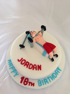 Gym Weight lifting cake Cupcake Icing, Cupcake Toppers, Cupcake Cakes, Building Cake, Fitness Cake, Gym Cake, Sport Cakes, Cake Logo, Birthday Cakes For Men