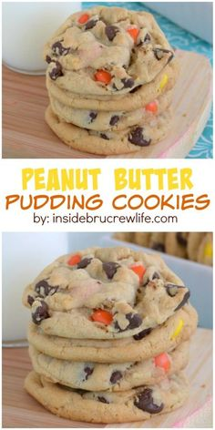 Soft and chewy peanut butter pudding cookies with chocolate chips and Reese's. Good luck not eating all of them! Soft and chewy peanut butter pudding cookies with chocolate chips and Reese's. Good luck not eating all of them! Brownie Desserts, Köstliche Desserts, Delicious Desserts, Dessert Recipes, Yummy Food, Plated Desserts, Chocolate Desserts, Good Cookie Recipes, Coconut Dessert