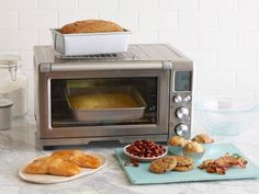 Toaster ovens aren't just good for making toast. Food Network shares 13 creative ways to put your toaster oven to good use. Toaster Oven Cooking, Convection Oven Cooking, Toaster Oven Recipes, Toaster Ovens, No Oven Recipes, Small Toaster Oven, Dinner Recipes, Milk Recipes, Shrimp Recipes