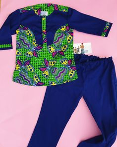 African print kaftan/shirt and pants set. Follow Bayabs on Instagram: @bayabsgh_kids for more ankara kids wear Baby African Clothes, African Dresses For Kids, Latest African Fashion Dresses, African Inspired Fashion, African Print Dresses, African Print Fashion, African Attire, African Wear, Ankara Styles For Kids