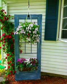 There's always a place for an old door in the garden! <3<3<3