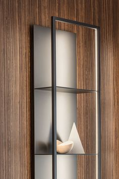 Wall-mounted floating bookcase with built-in lights GAP By Porro design Carlo Tamborini Steel Furniture, Plywood Furniture, Cool Furniture, Furniture Design, Furniture Movers, Shelving Design, Shelf Design, Cabinet Design, Vitrine Design