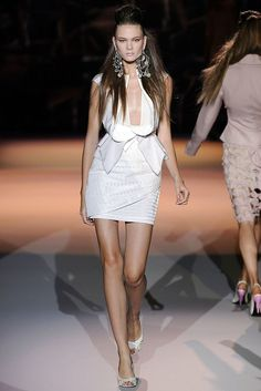 Zac Posen Spring 2009 Ready-to-Wear Fashion Show - Irina Kulikova