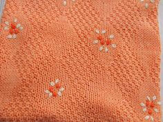 copertina lavorata a mano ricamata cotone lana, by maglieria magica, 75,00 € su misshobby.com