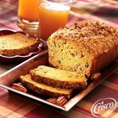 Pumpkin Pecan Loaf from Crisco® #pumpkinrecipes
