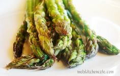 I loveeee Asparagus, this is a recipe on how to roast it.
