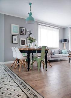 Apartamento com combinação delicada a verde menta e preto