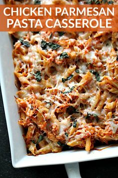 Chicken Parmesan Pasta Casserole Six Sisters' Stuff With Only 6 Ingredients, This Cheesy Chicken Parmesan Pasta Casserole Comes Together In Minutes And Makes The Perfect Busy Weeknight Meal. It's A Dish Your Whole Family Will Love. Chicken Parmesan Casserole, Pasta Casserole, Easy Casserole Recipes, Pasta Recipes, Chicken Recipes, Dinner Recipes, Cooking Recipes, Healthy Recipes, Weeknight Meals