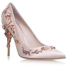 Ralph & Russo Eden Eve Pumps 120 (10.140 BRL) ❤ liked on Polyvore featuring shoes, pumps, pointed stilettos, party shoes, cocktail shoes, pointed-toe pumps and pointed shoes