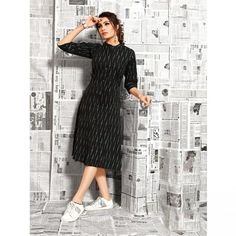Buy This Beautiful Straight Ikkat Print Cotton Kurti Online.This kurti is not only breathtakingly beautiful but also comes in a large variety of Shirt Style. Simple Kurti Designs, New Kurti Designs, Kurta Designs Women, Kurti Designs Party Wear, Blouse Designs, Short Kurti Designs, Printed Kurti Designs, Long Dress Design, Stylish Dress Designs
